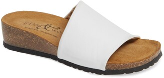Bos. & Co. Lux Slide Sandal