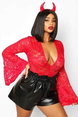 boohoo Plus Lace Flared Sleeve Bodysuit