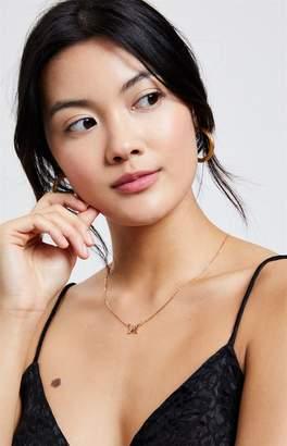 La Hearts Single Butterfly Necklace