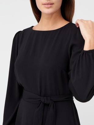 Very Blouson Sleeve Tie Waist Midi Dress - Black