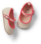 Gap Canvas mary jane