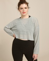 Beyond Yoga Off Cuff Cropped Pullover