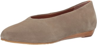Gentle Souls by Kenneth Cole Women's Neptune Low Wedge Pump with Round Toe Suede Wedge Pump