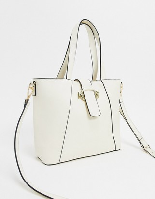 Truffle Collection Chain Strap Tote Bag