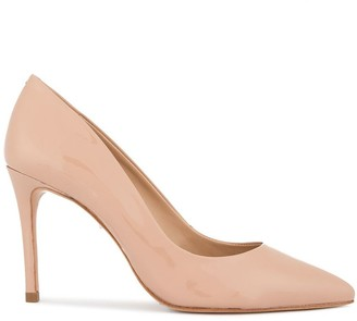 Schutz patent pointed pumps