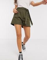 QED London paperbag waist twill shorts in khaki