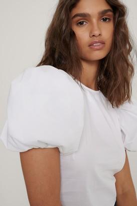 NA-KD Short Puff Sleeve Blouse