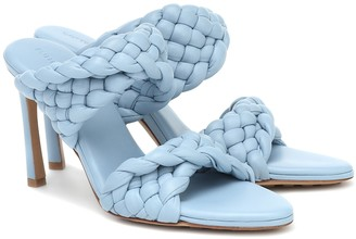 Bottega Veneta Curve leather sandals