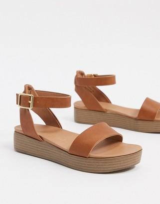 New Look flatform sandals in tan