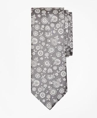 Brooks Brothers Large Flower Tie