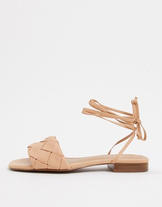 Who What Wear Marlena woven tie up flat sandals in blush leather