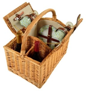 Picnic at Ascot Vineyard Willow Wine, Picnic Basket with service for 2