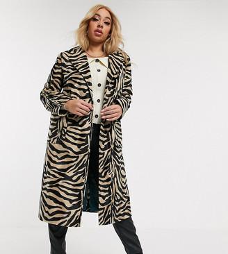 Helene Berman Plus Ete Ruth coat in antelope faux fur