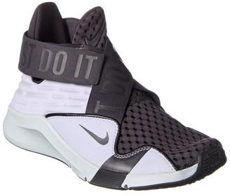 Nike Zoom Elevate Sneaker
