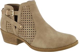 Top Moda Women's Casual boots Khaki - Khaki Chevy Side-Buckle Bootie - Women