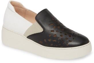 Wonders Slip-On Sneaker