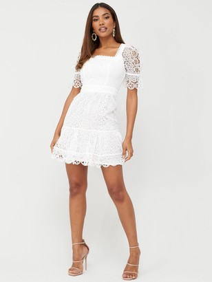 Very Square Neck A-Line Lace Dress - White