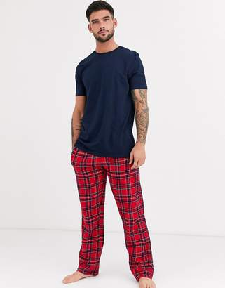 New Look short sleeve t-shirt and check jogger lounge set in navy