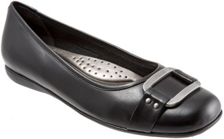Trotters Ornament Buckle Ballerina Flats -Sizzle
