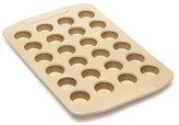 Salt&Pepper Salt & Pepper Royal Baking Company 24 Cup Muffin Pan 41 x 27 x 2.6cm