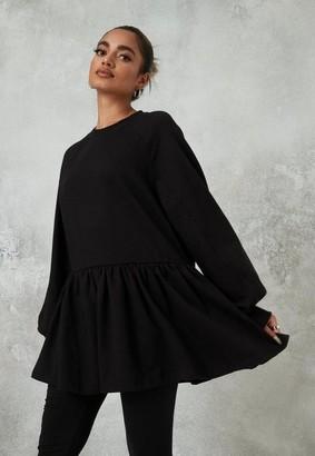 Missguided Petite Black Oversized Smock Sweatshirt
