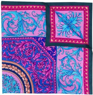 Versace Le Pop Classique print scarf