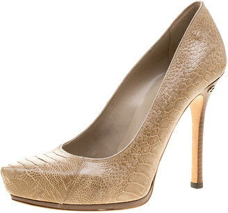 Gucci Beige Python Leather Pointed Toe Pumps Size 38.5