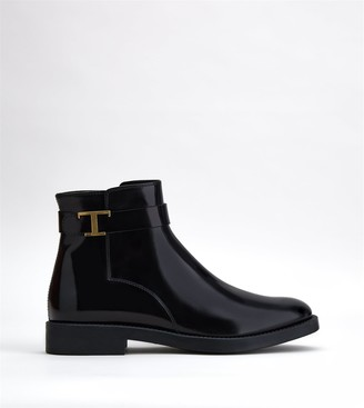 Tod's Timeless Ankle Boots in Leather