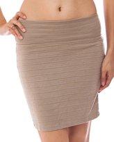 FineBrandShop Ladies Horizontal Ribbed Textured Mini Skirt
