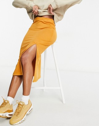 UNIQUE21 knitted midi skirt with split in golden brown