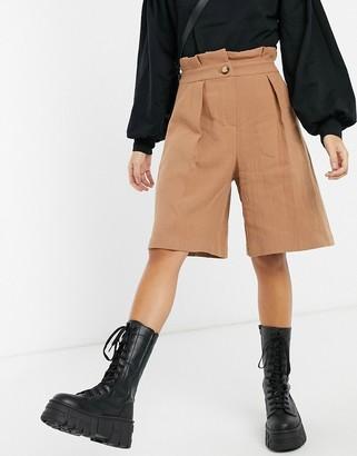 Palones paperbag waist city shorts in tan