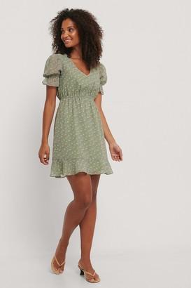 NA-KD Short Sleeve Elastic Waist Dress