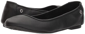 Minnetonka Anna (Black Leather) Women's Flat Shoes