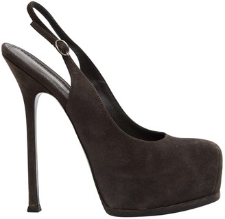 Saint Laurent Trib Too Grey Suede Heels