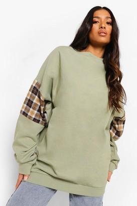 boohoo Petite Check Panel Oversized Sweatshirt