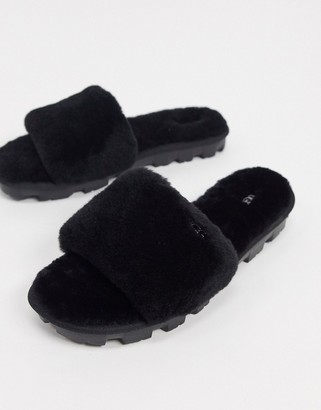 UGG Cozette fluffy slippers in black