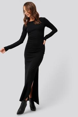 NA-KD Scoop Back Long Sleeve Maxi Dress Black