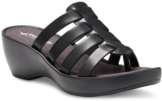 Eastland Topaz Women's Thong Wedge Sandals