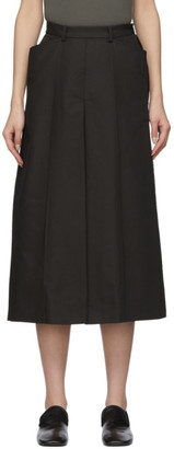 Lemaire Black Linen Pleated Shorts
