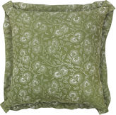 Bunny Williams Home Flowering Vine 20x20 Pillow, Green/White