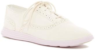 Cole Haan Ella Grand Oxford II Shoe