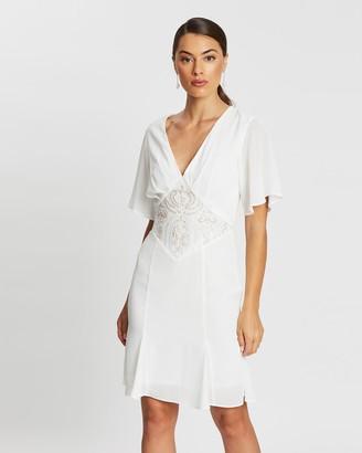 Romance By Honey And Beau Louvre Sleeve Dress