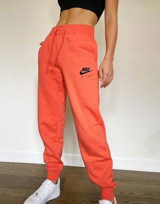Nike jogger in coral