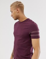 Asos Design DESIGN organic skinny t-shirt with stretch and black contrast sleeve stripe in burgundy
