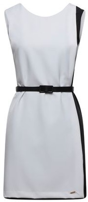 VERYSIMPLE Short dress