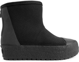 Arket Tretorn Arch Hybrid Boots