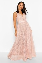 boohoo Boutique Ali All Lace Plunge Neck Maxi Dress pink