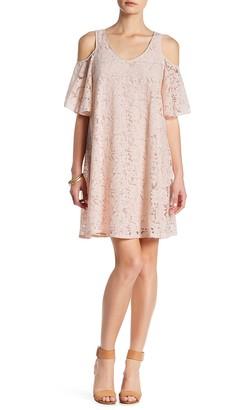 Nanette Nanette Lepore Caped Lace Shift Dress