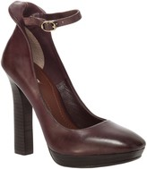 Max Studio Vertu - Burnished Leather Ankle Strap Pumps