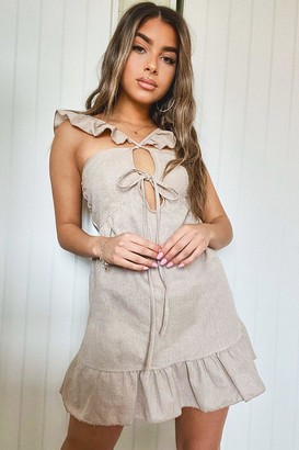 boohoo Petite Linen Look Tie Front Frill Sleeve Mini Dress